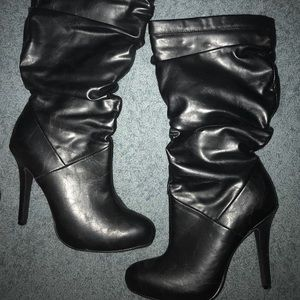 Leather calf high zip up boots 5.5